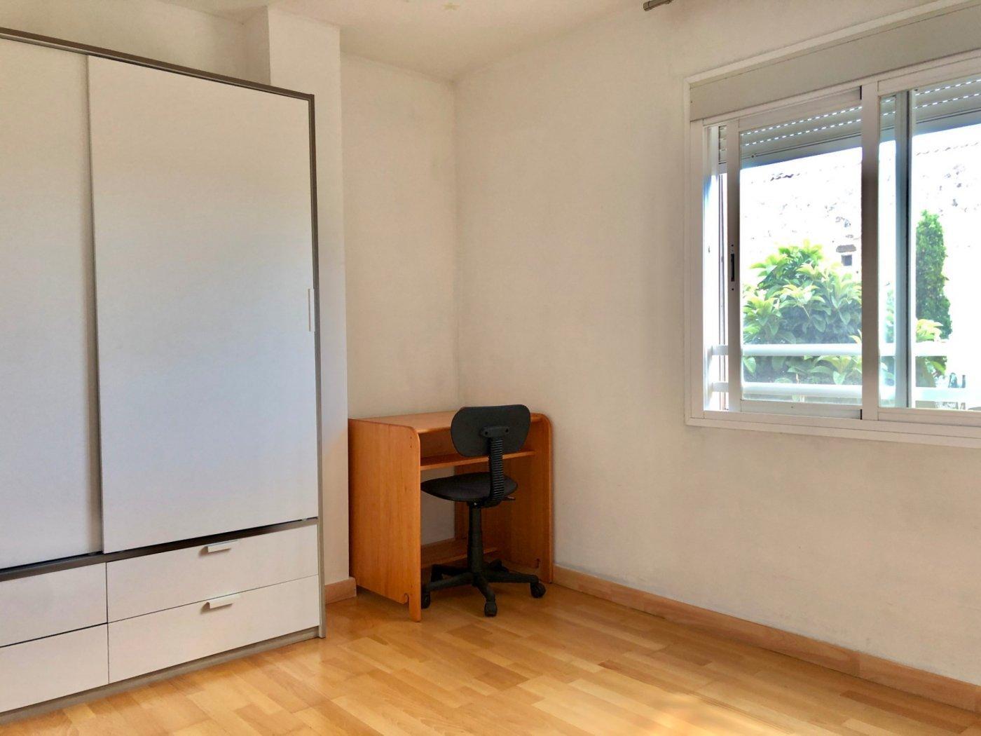 Coqueto piso de 2 dormitorios con plaza de aparcamiento en la vileta - precio: 800?/mes - imagenInmueble9
