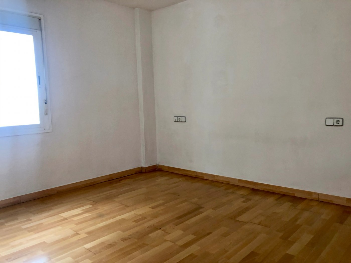 Coqueto piso de 2 dormitorios con plaza de aparcamiento en la vileta - precio: 800?/mes - imagenInmueble10