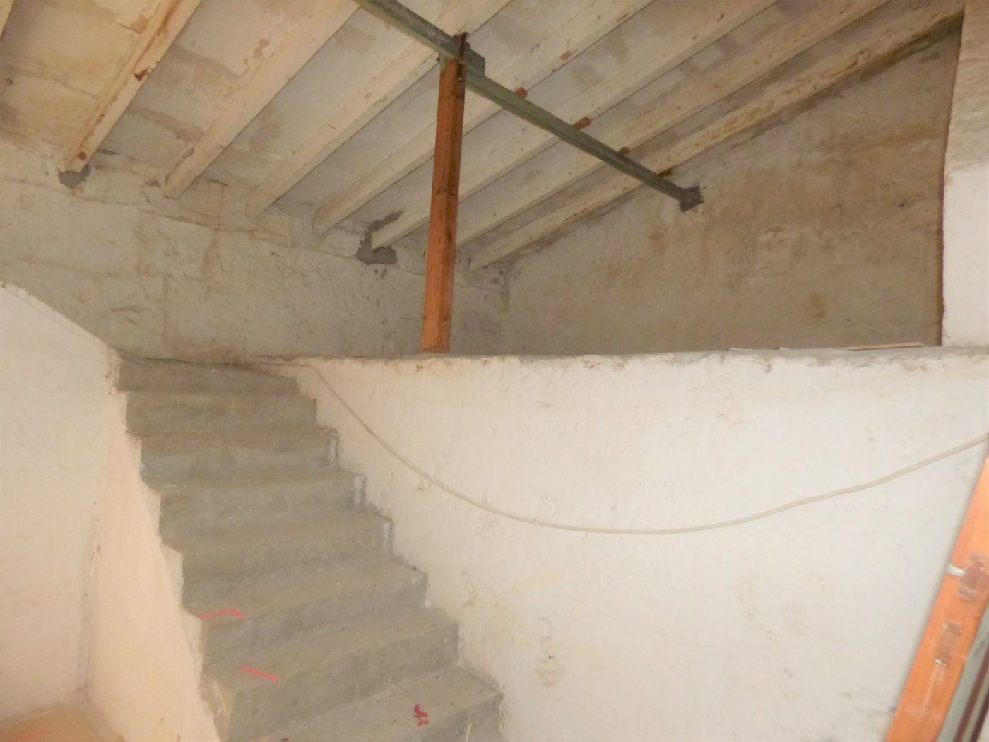 Planta baja a reformar con una altura y techo libre sa pobla pueblo - imagenInmueble21