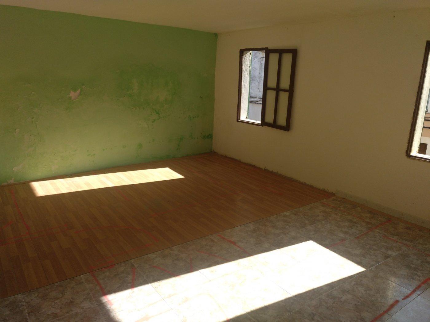 Planta baja a reformar con una altura y techo libre sa pobla pueblo - imagenInmueble26