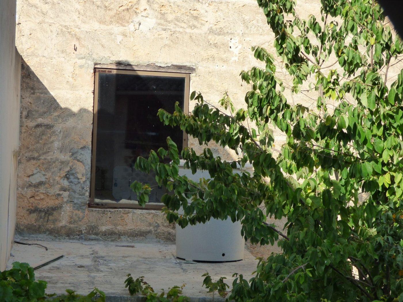 Planta baja a reformar con una altura y techo libre sa pobla pueblo - imagenInmueble34