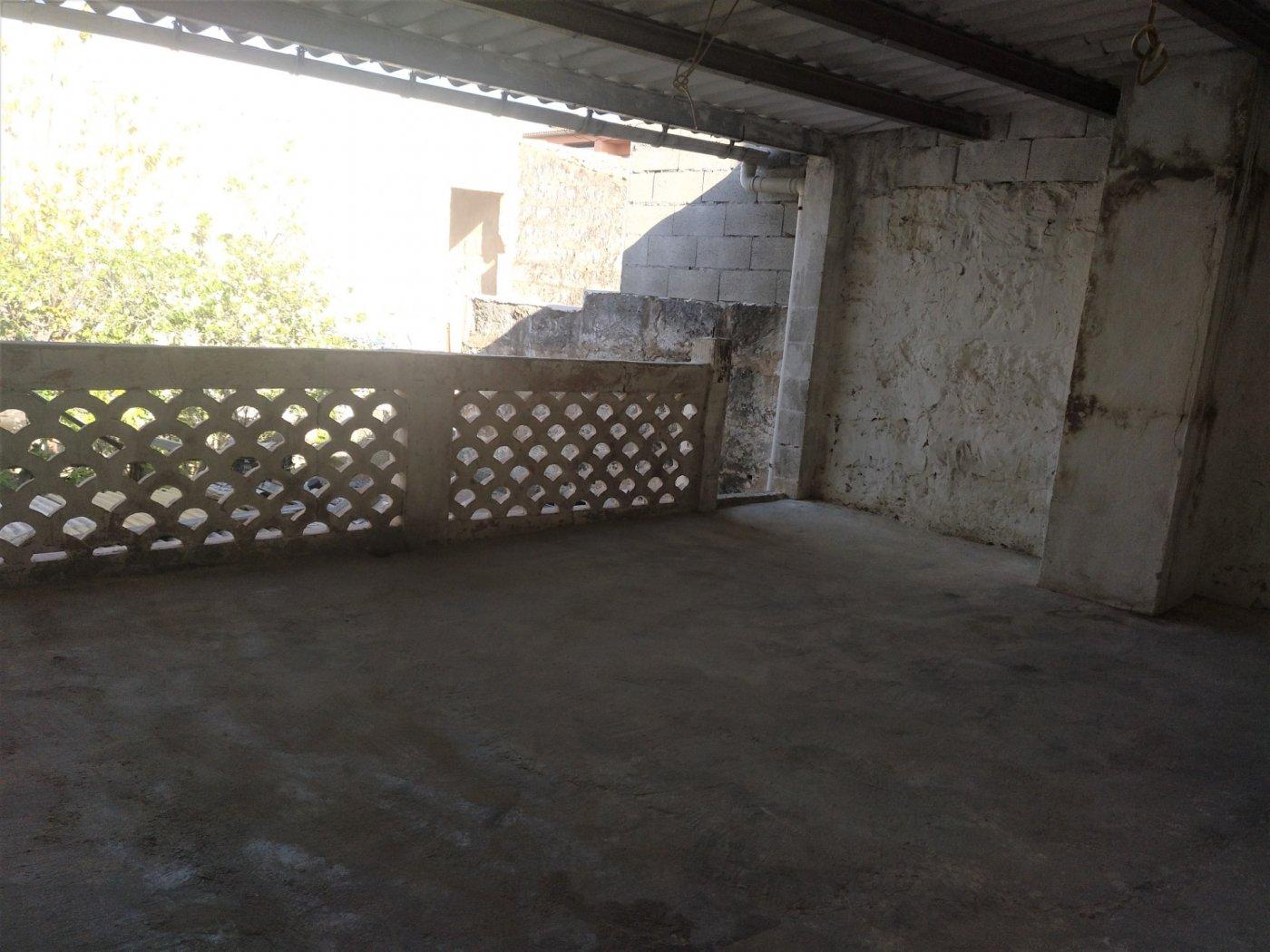 Planta baja a reformar con una altura y techo libre sa pobla pueblo - imagenInmueble3