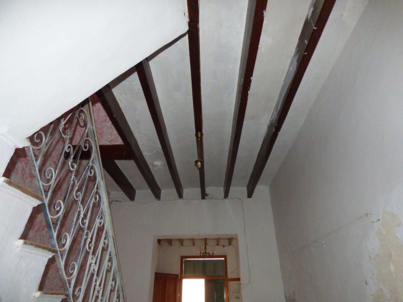 Planta baja a reformar con una altura y techo libre sa pobla pueblo - imagenInmueble7