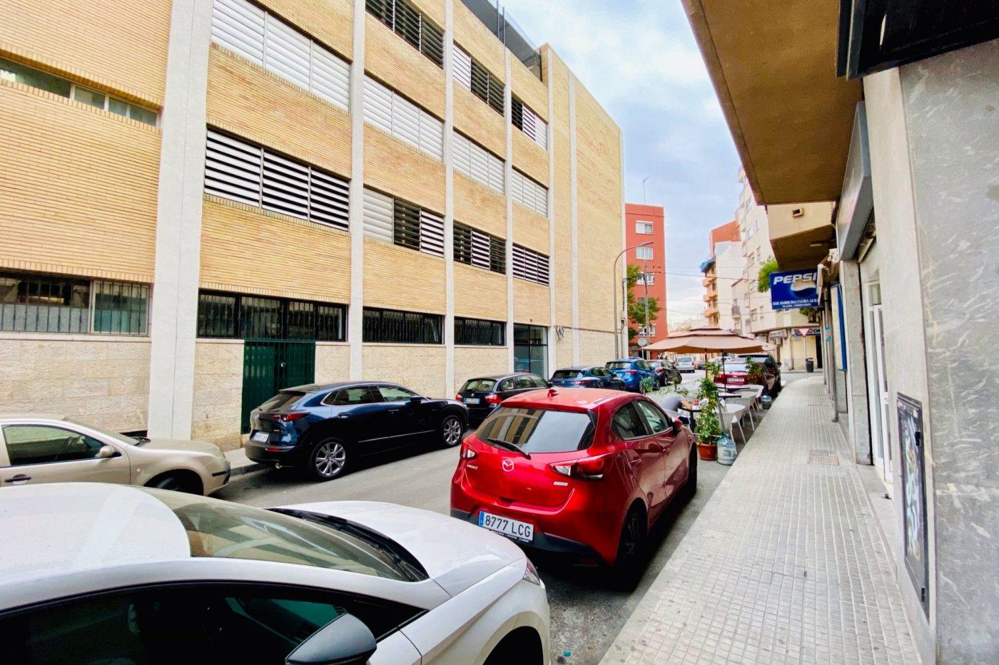 Local comercial de 72 m² de superficie en pleno funcionamiento (cajas demostrables) en son - imagenInmueble11
