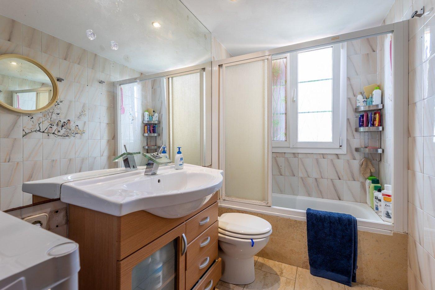 Magnifico primer piso  de 2 habitaciones listo para entrar a vivir! realice una visita vir - imagenInmueble3