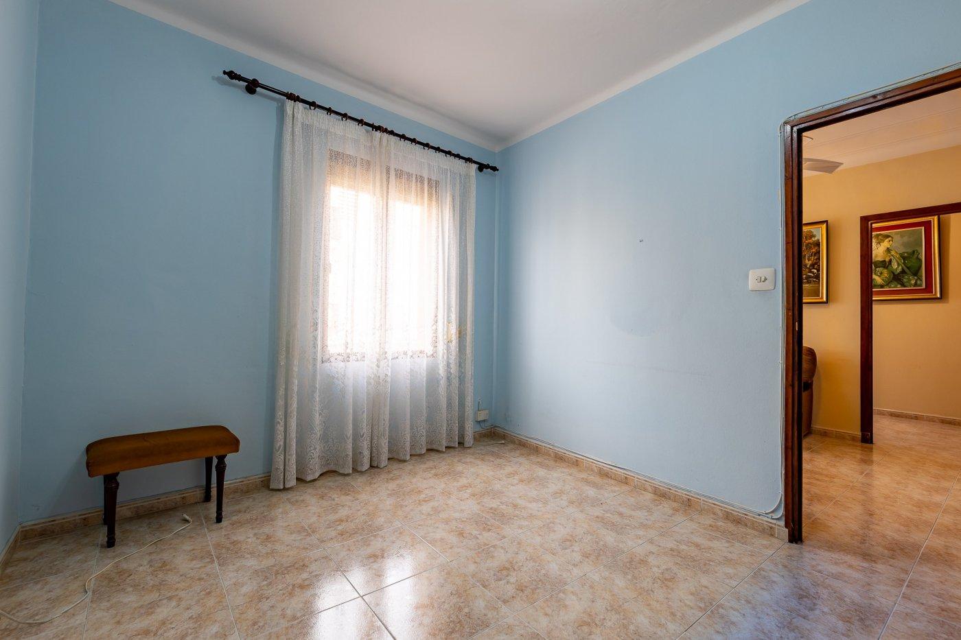 Primer piso de 107 m² de superficie en buen estado en la zona de camp redó, palma de mallo - imagenInmueble9