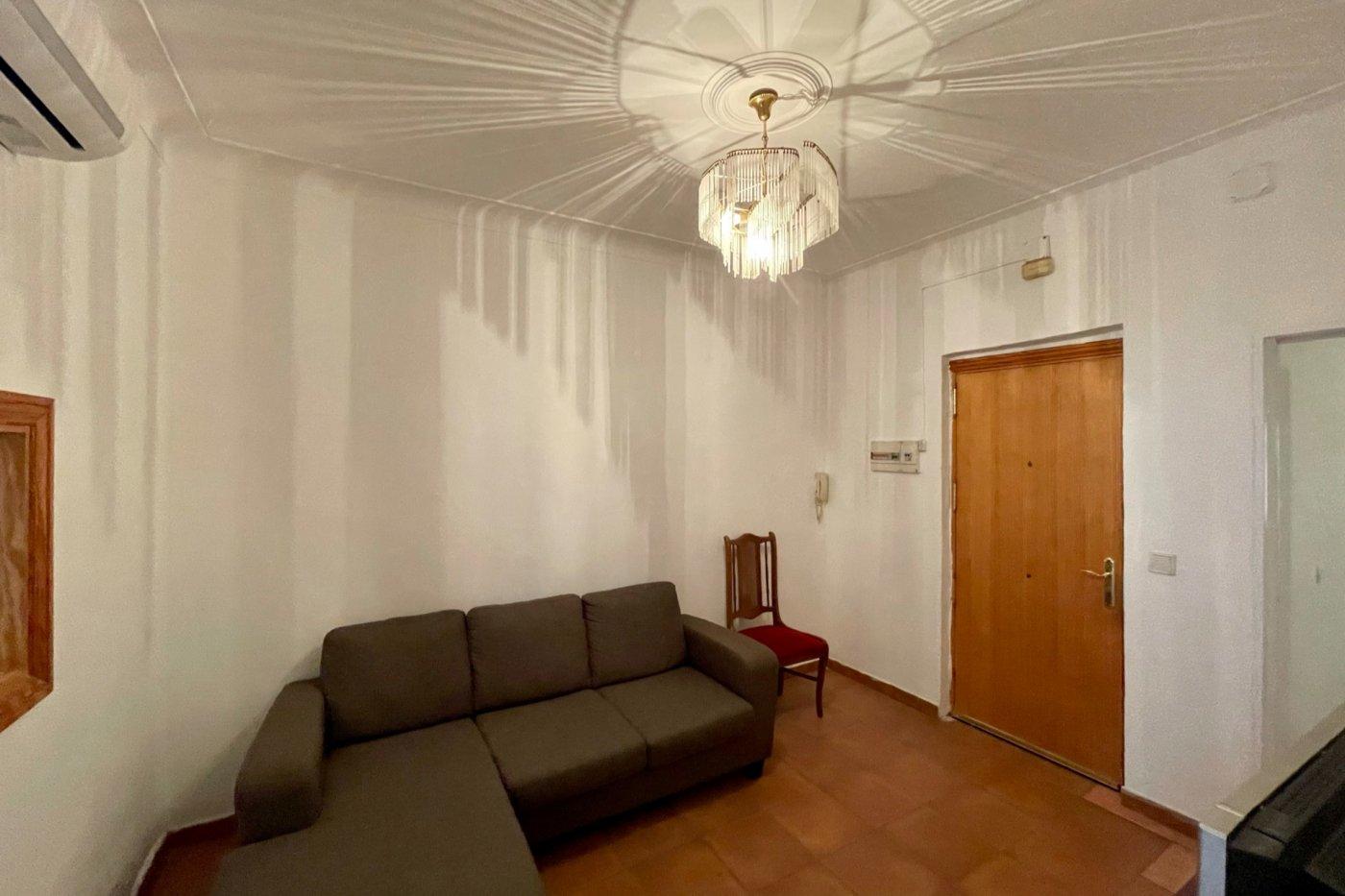 Primer piso semi amueblado de 52 m² de superficie (sin ascensor) en la zona de son cotoner - imagenInmueble1