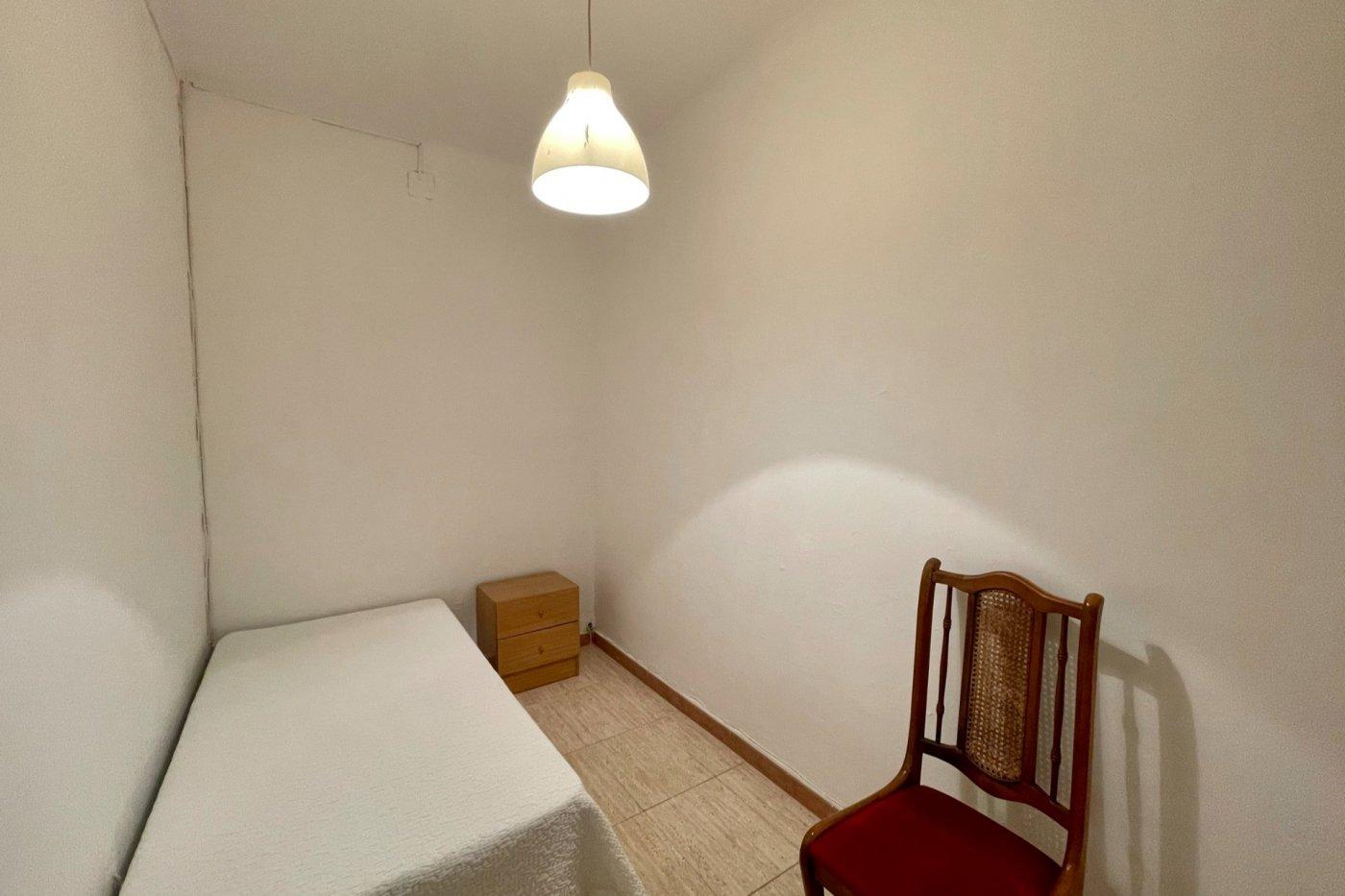 Primer piso semi amueblado de 52 m² de superficie (sin ascensor) en la zona de son cotoner - imagenInmueble4