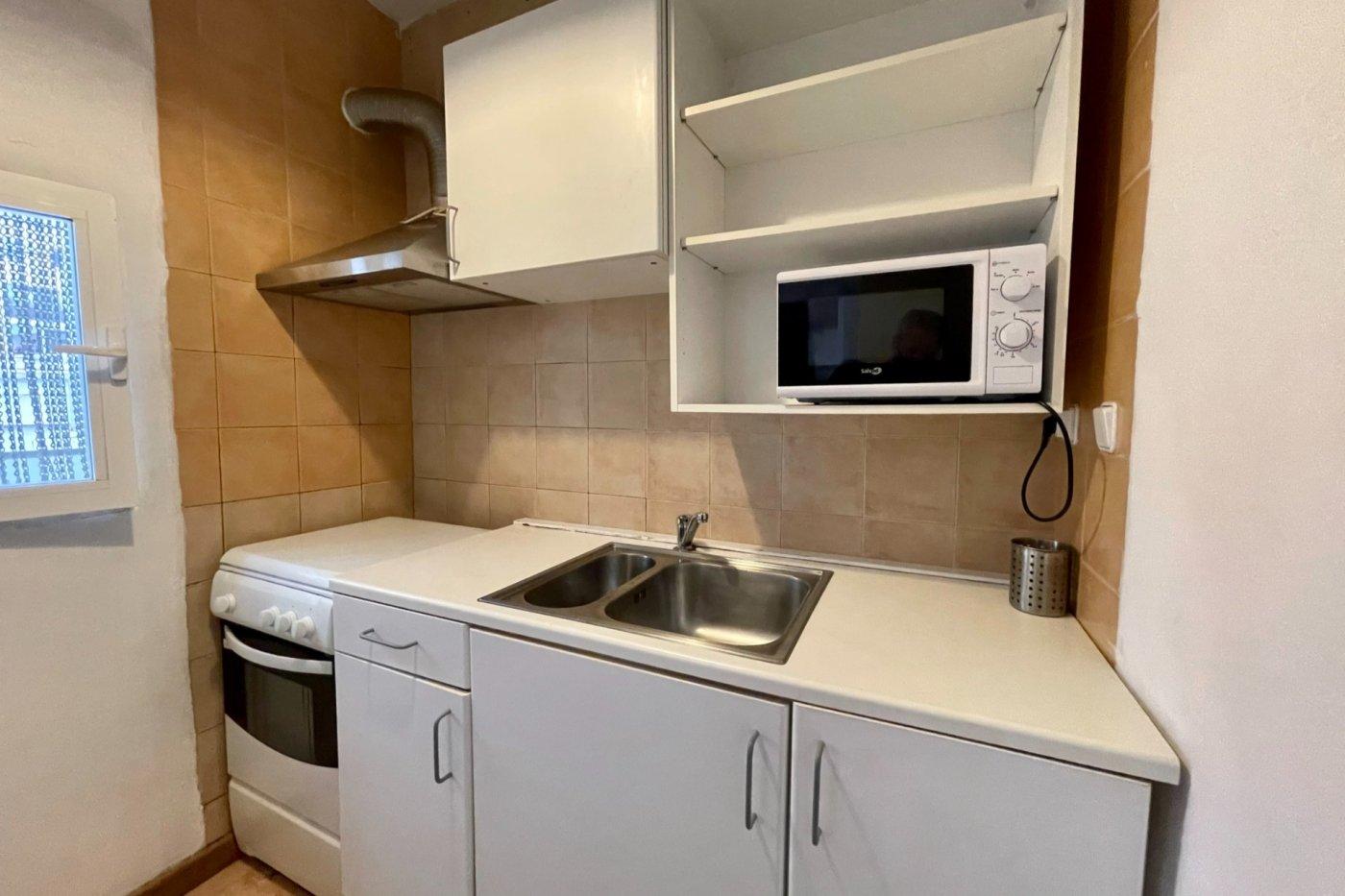 Primer piso semi amueblado de 52 m² de superficie (sin ascensor) en la zona de son cotoner - imagenInmueble6