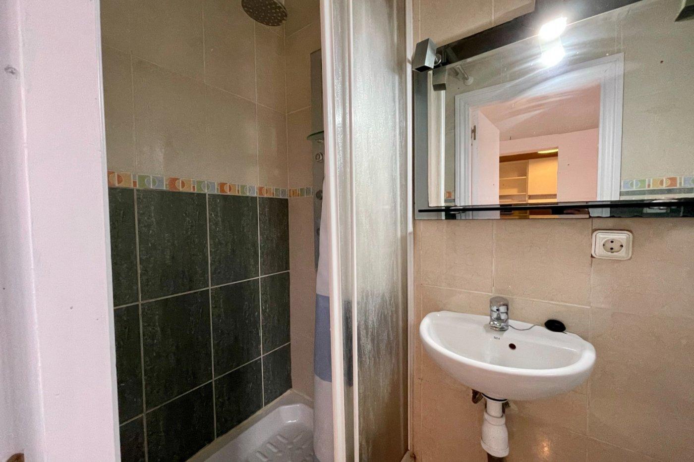 Primer piso semi amueblado de 52 m² de superficie (sin ascensor) en la zona de son cotoner - imagenInmueble8