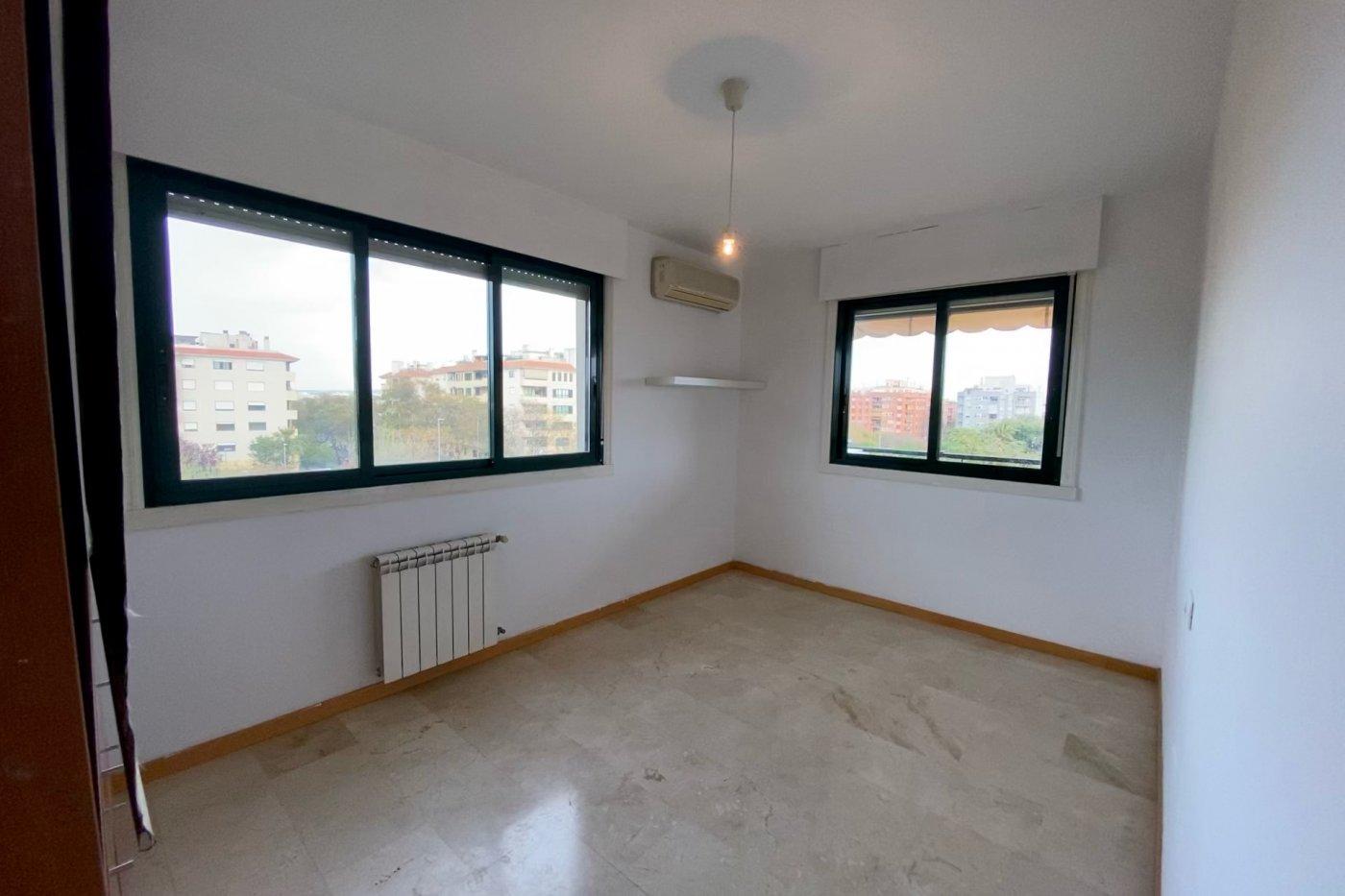 Piso sin muebles de 105 m² de superficie en zona residencial de son cotoner, palma de mall - imagenInmueble9