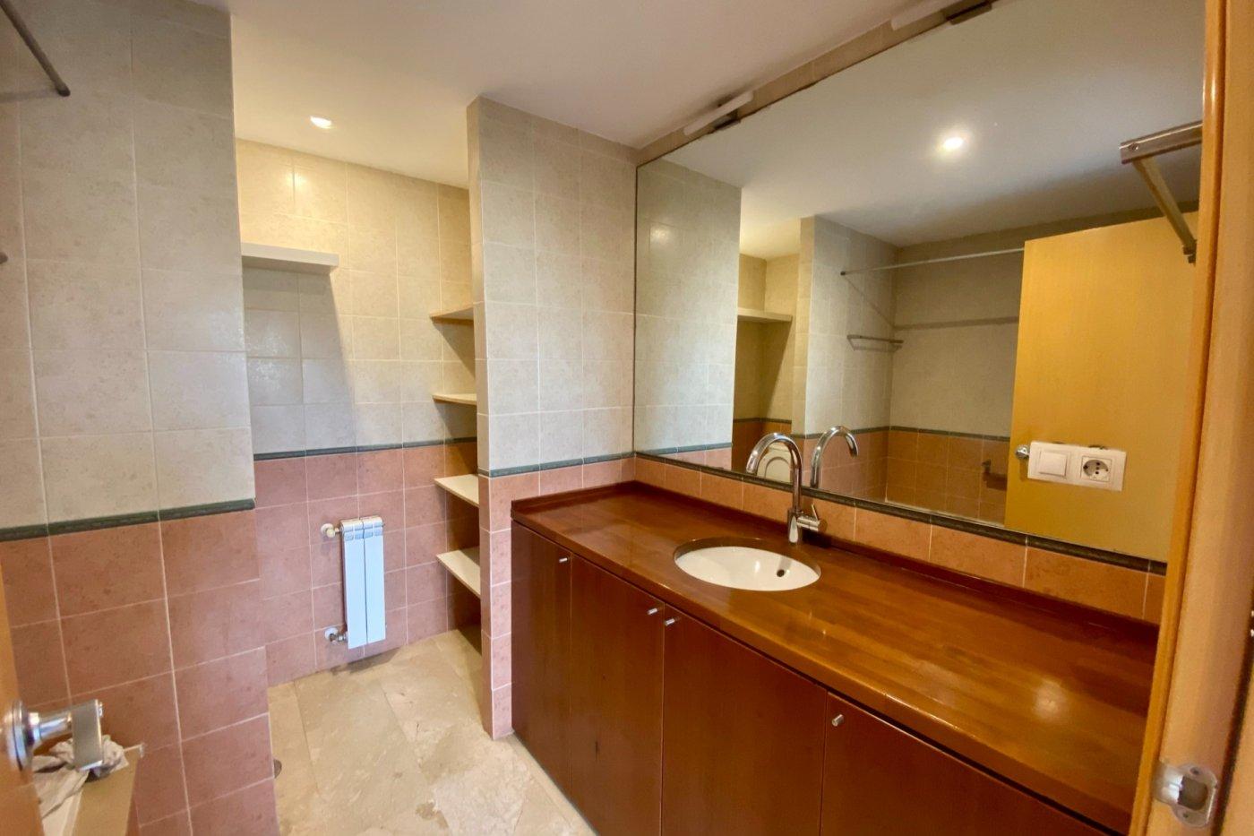 Piso sin muebles de 105 m² de superficie en zona residencial de son cotoner, palma de mall - imagenInmueble14