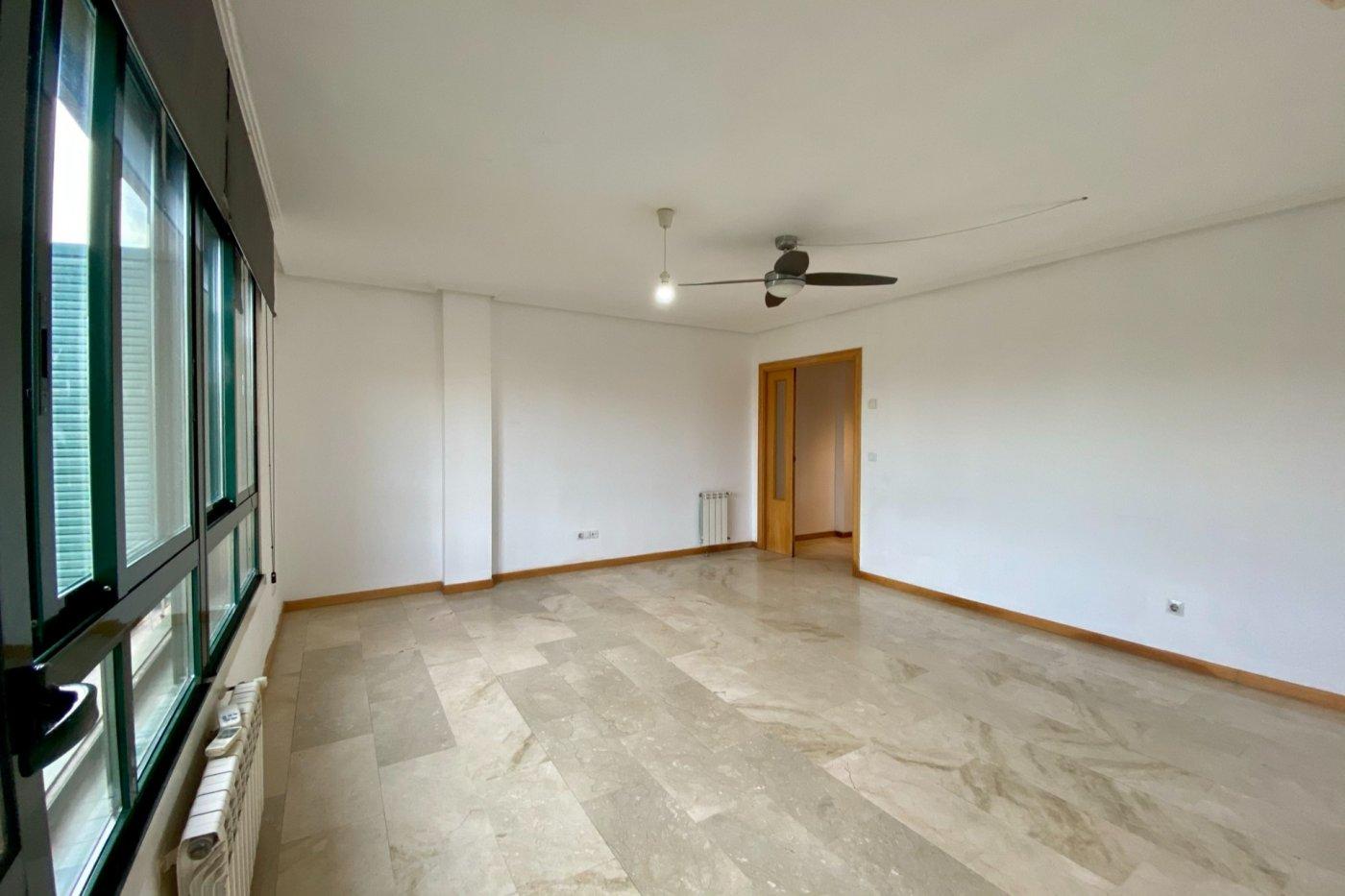 Piso sin muebles de 105 m² de superficie en zona residencial de son cotoner, palma de mall - imagenInmueble1