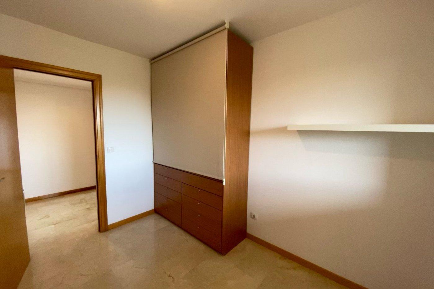 Piso sin muebles de 105 m² de superficie en zona residencial de son cotoner, palma de mall - imagenInmueble8