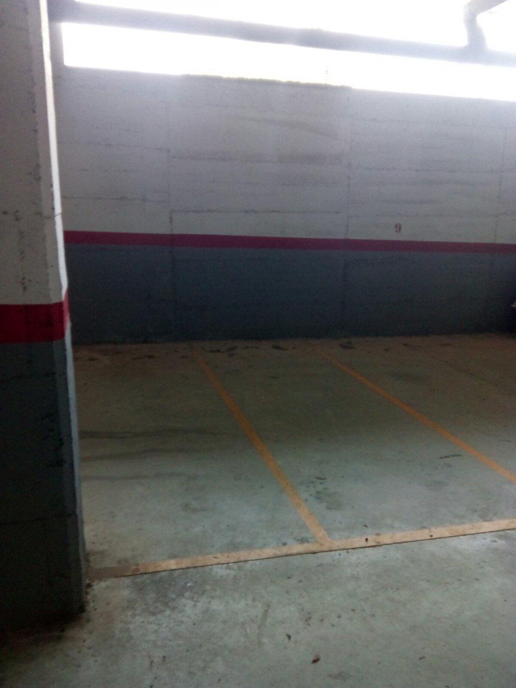 Plaza de parking para moto en zona molins/hospital - imagenInmueble0