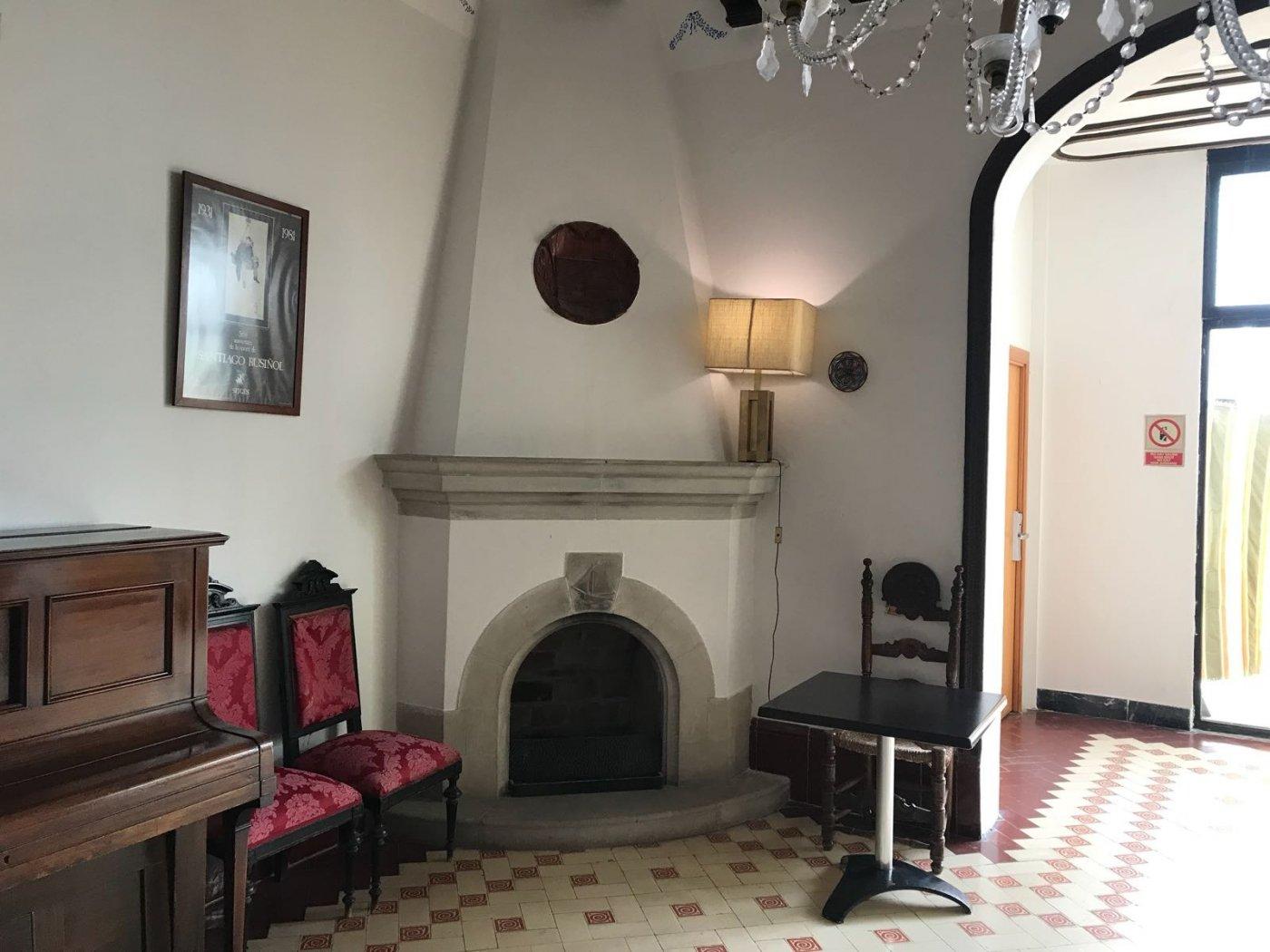 Hotel in Centre - Ref: 08568