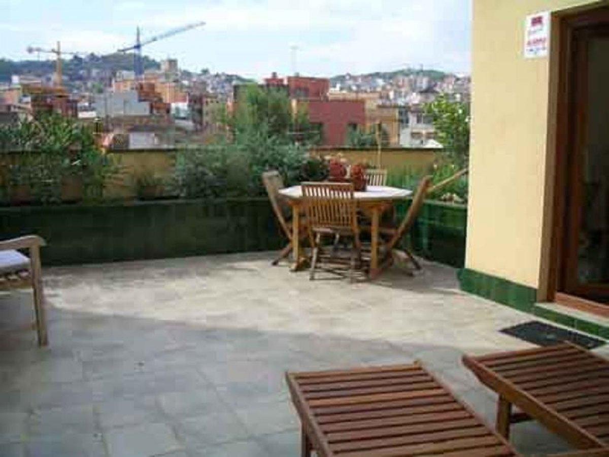 adosada en barcelona · horta 650000€