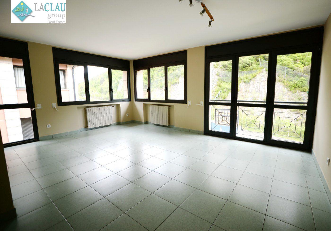 piso en andorra-la-vella · santa-coloma 299000€
