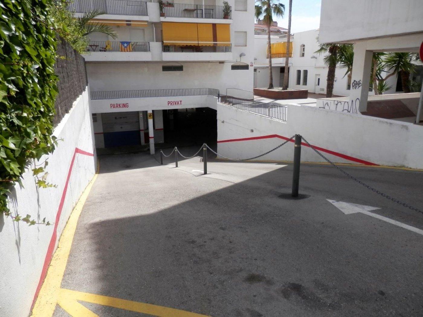parking en sitges · centre 25000€