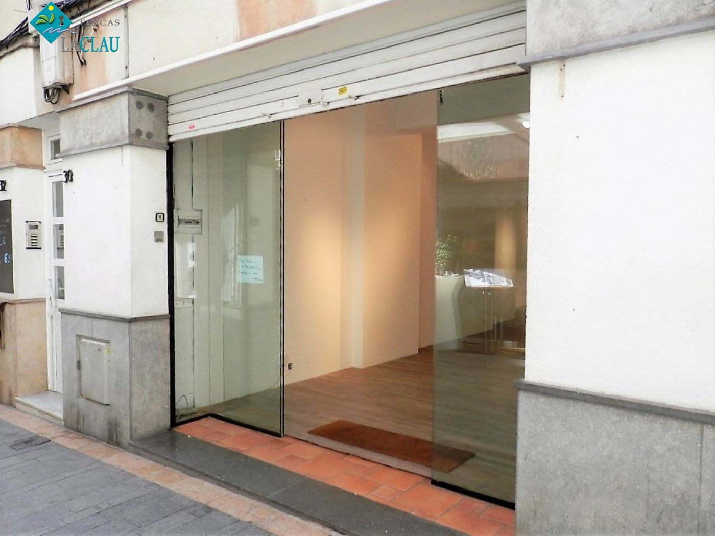 business-premises en sitges · centre 1300€