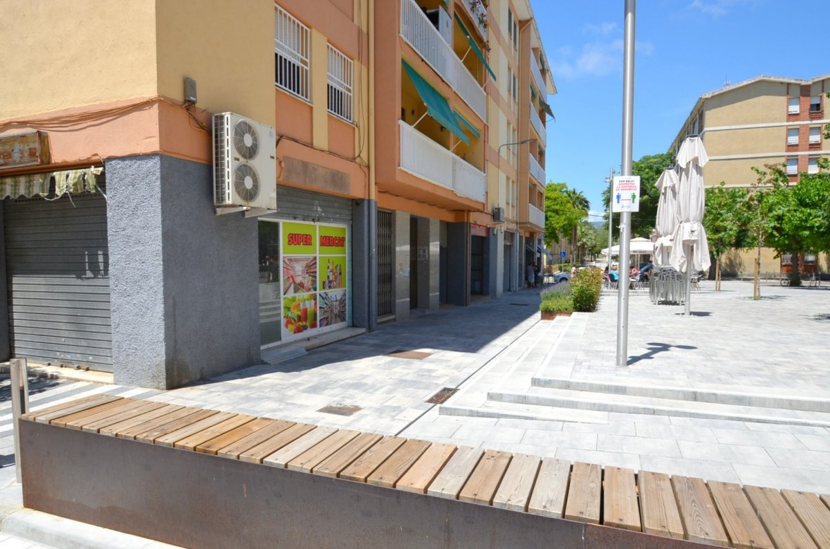 local-comercial en sant-pere-de-ribes · les-roquetes--centre 1000€