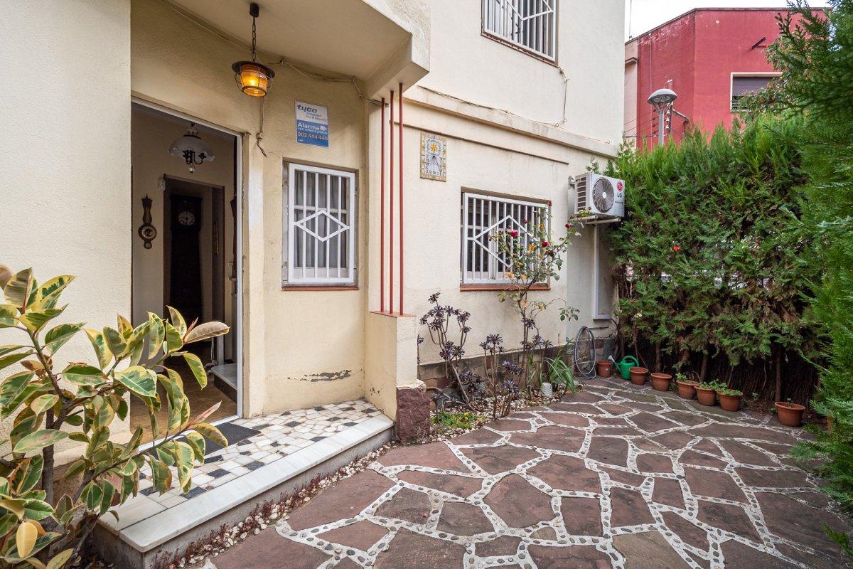 casa en santa-coloma-de-gramanet · centre 345000€