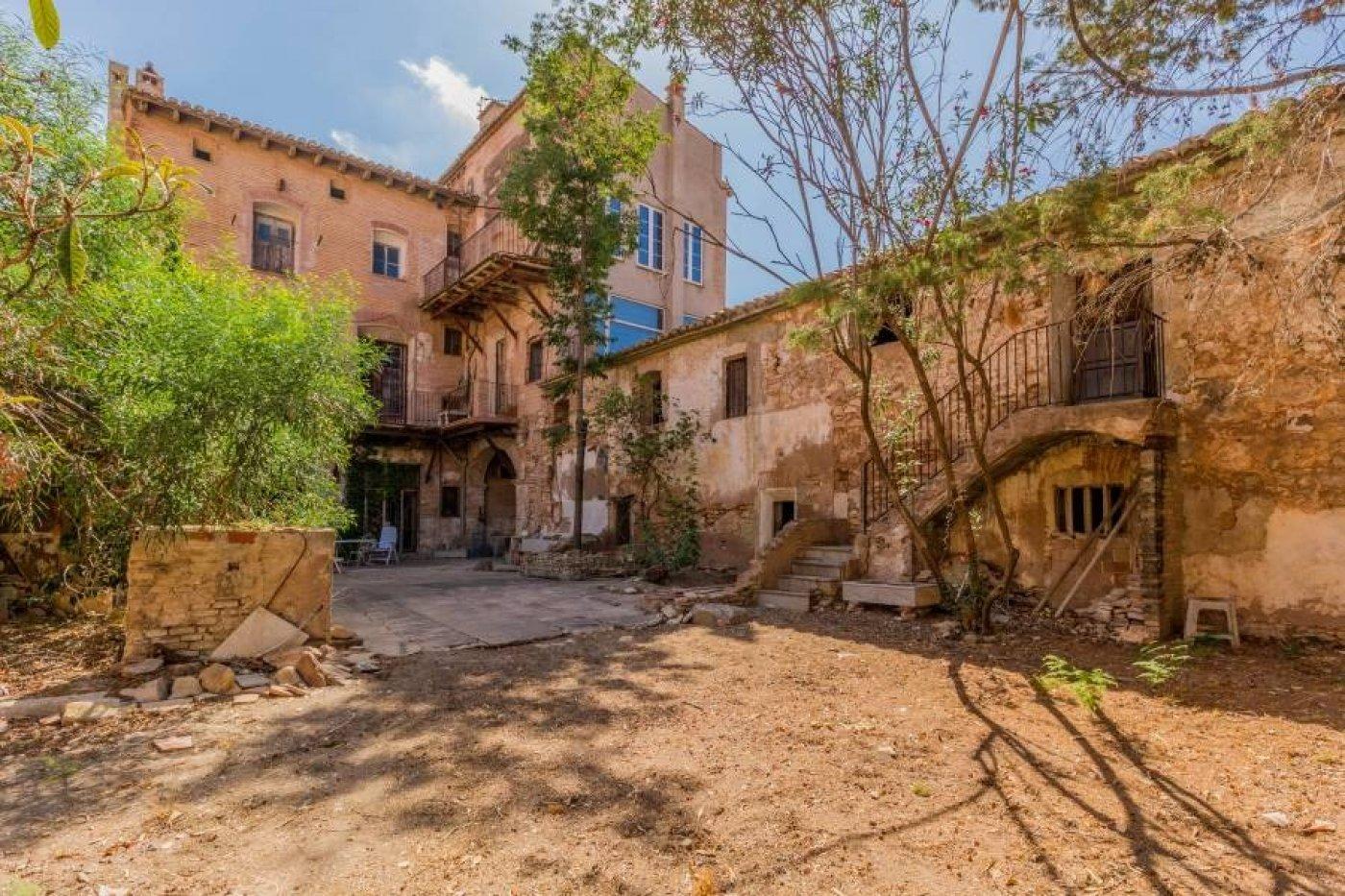 Venta de Casa con terreno en Moncada
