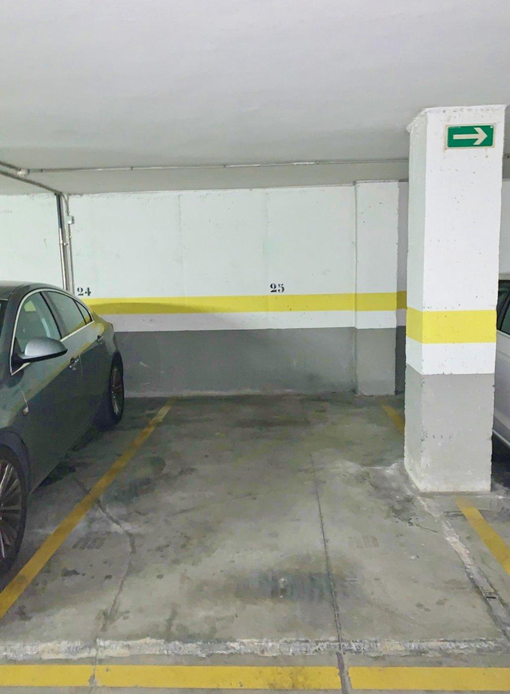 Plaza de parking en venta en Catarroja
