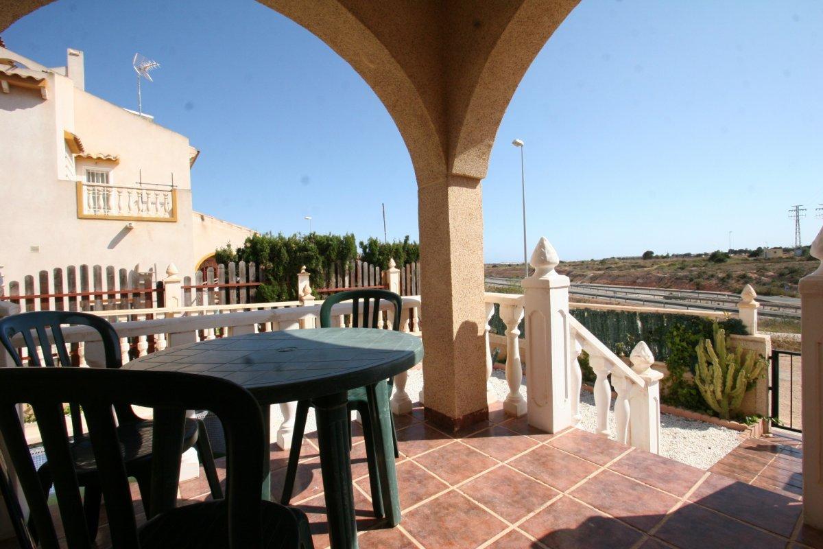 3 BEDROOM CHALET + 2 BATHROOMS + PRIVATE POOL + 100m OF GARDEN, CLOSE TO LA  ZENIA, ORIHUELA