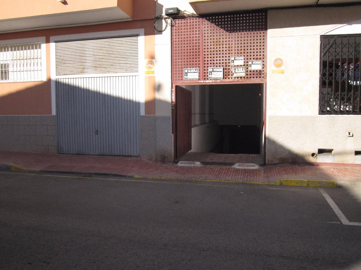 PLAZA DE GARAJE, CALLE PALANGRE, ZONA PLAYA DE LOS LOCOS,  (TORREVIEJA)
