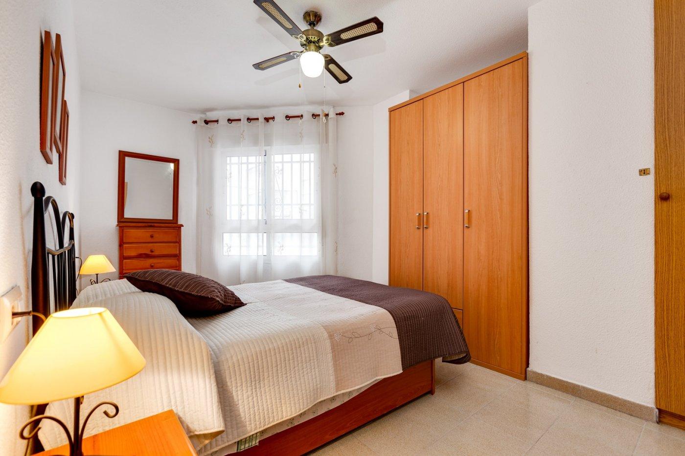 2 BEDROOM APARTMENT 400 METERS FROM THE BEACH PLAYA DEL CURA IN TORREVIEJA