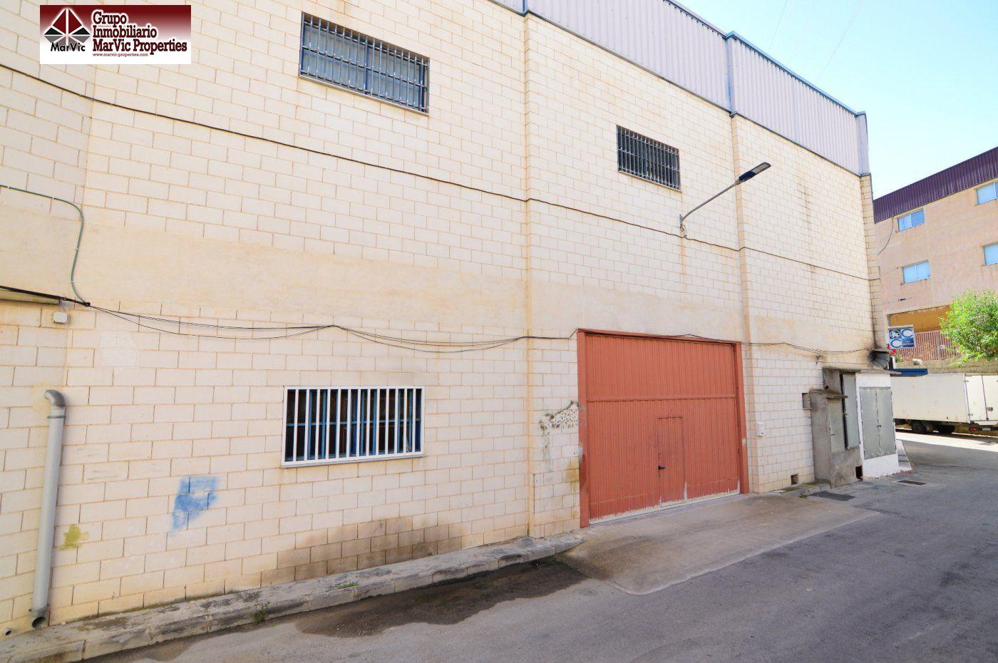 barraca industrial venta finestrat de metros cuadrados 300 en la zona de parque comercial la marina ref 02443
