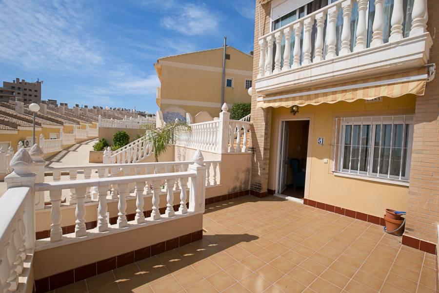 bungalow en arenales-del-sol · avenida-costa-blanca 165000€