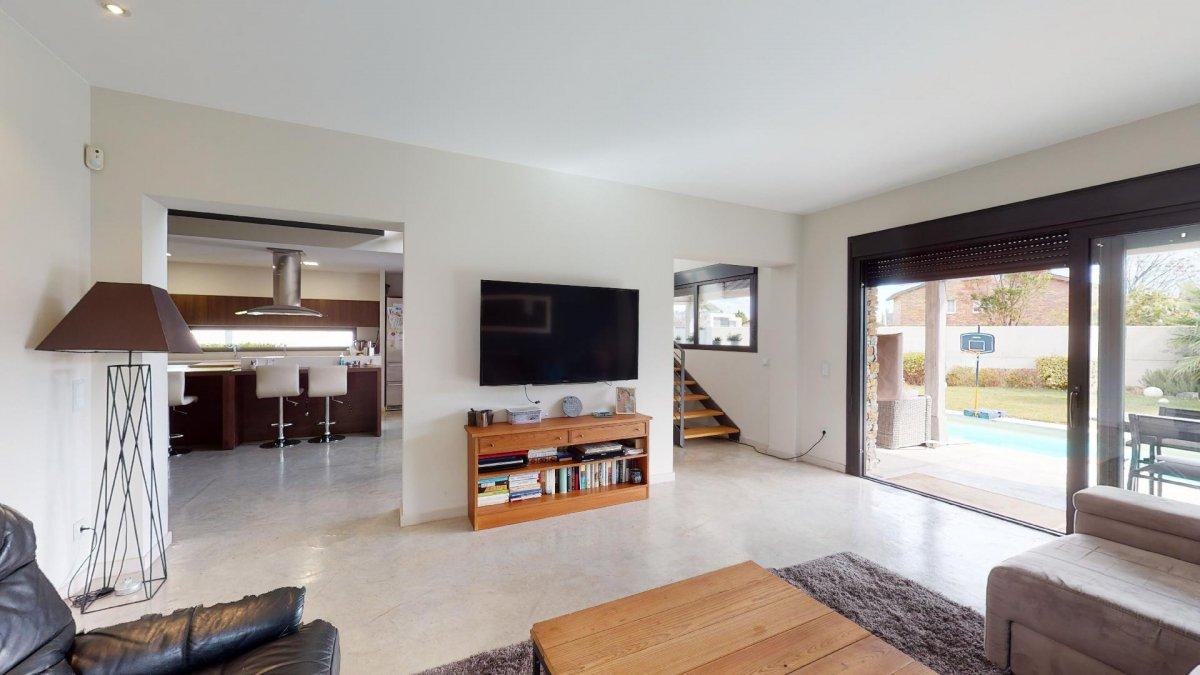 Espectacular chalet independiente. una casa especial en una zona premium. - imagenInmueble9