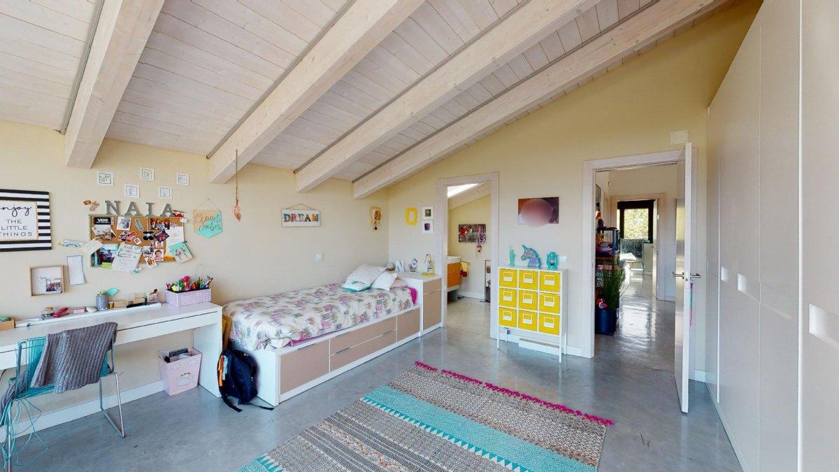Espectacular chalet independiente. una casa especial en una zona premium. - imagenInmueble33