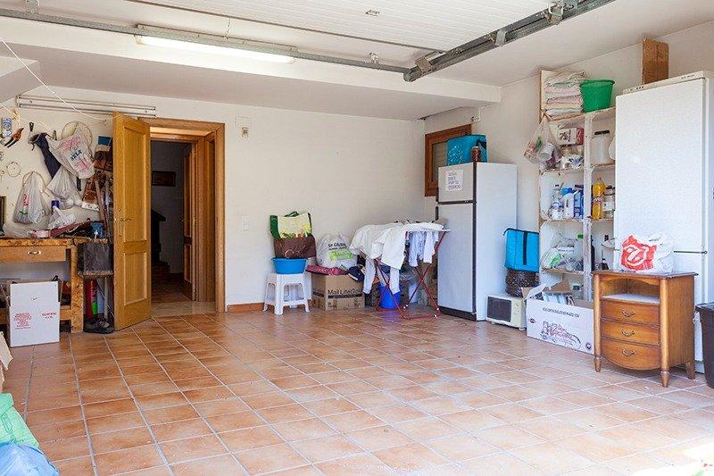 Parcela lateral de 600m2 con casa de 267m2 útiles  de vivienda mas garaje anejo de 45m2 út - imagenInmueble25