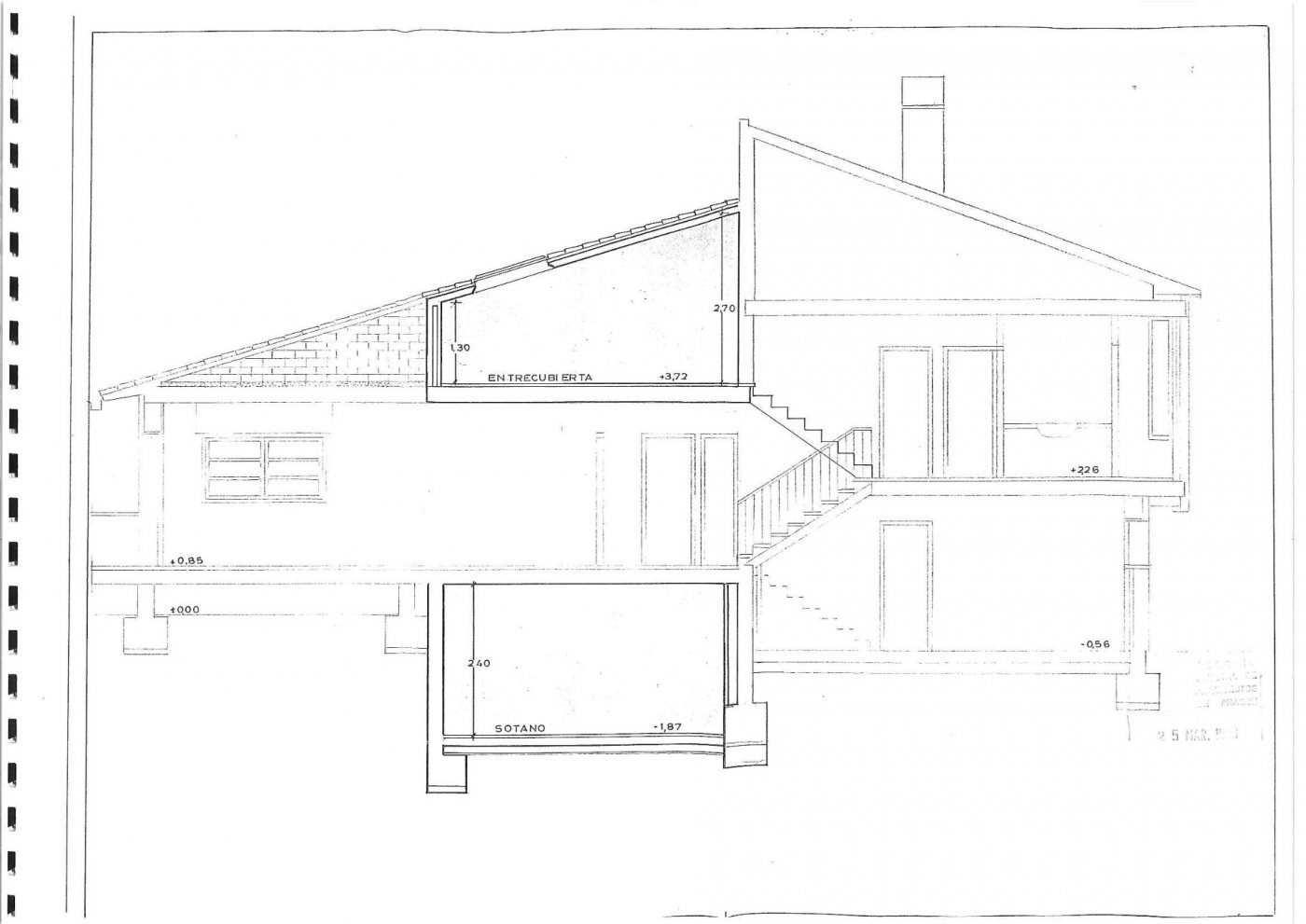 Parcela lateral de 600m2 con casa de 267m2 útiles  de vivienda mas garaje anejo de 45m2 út - imagenInmueble34