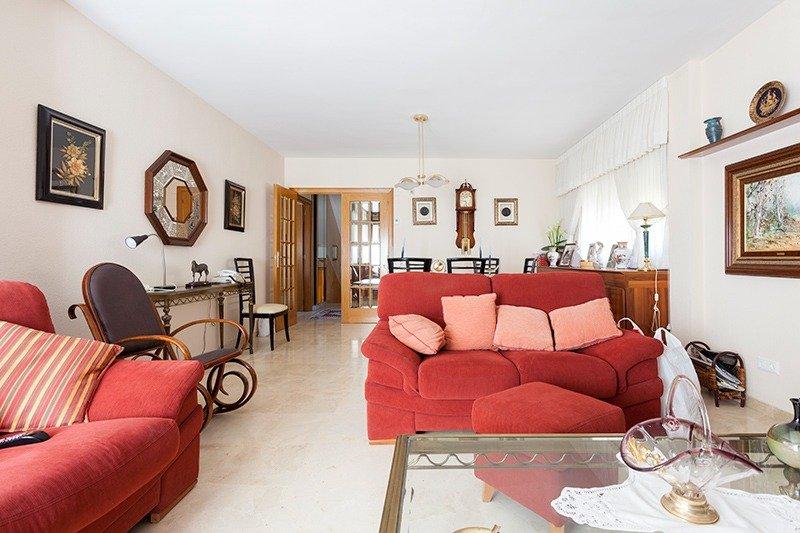 Parcela lateral de 600m2 con casa de 267m2 útiles  de vivienda mas garaje anejo de 45m2 út - imagenInmueble5