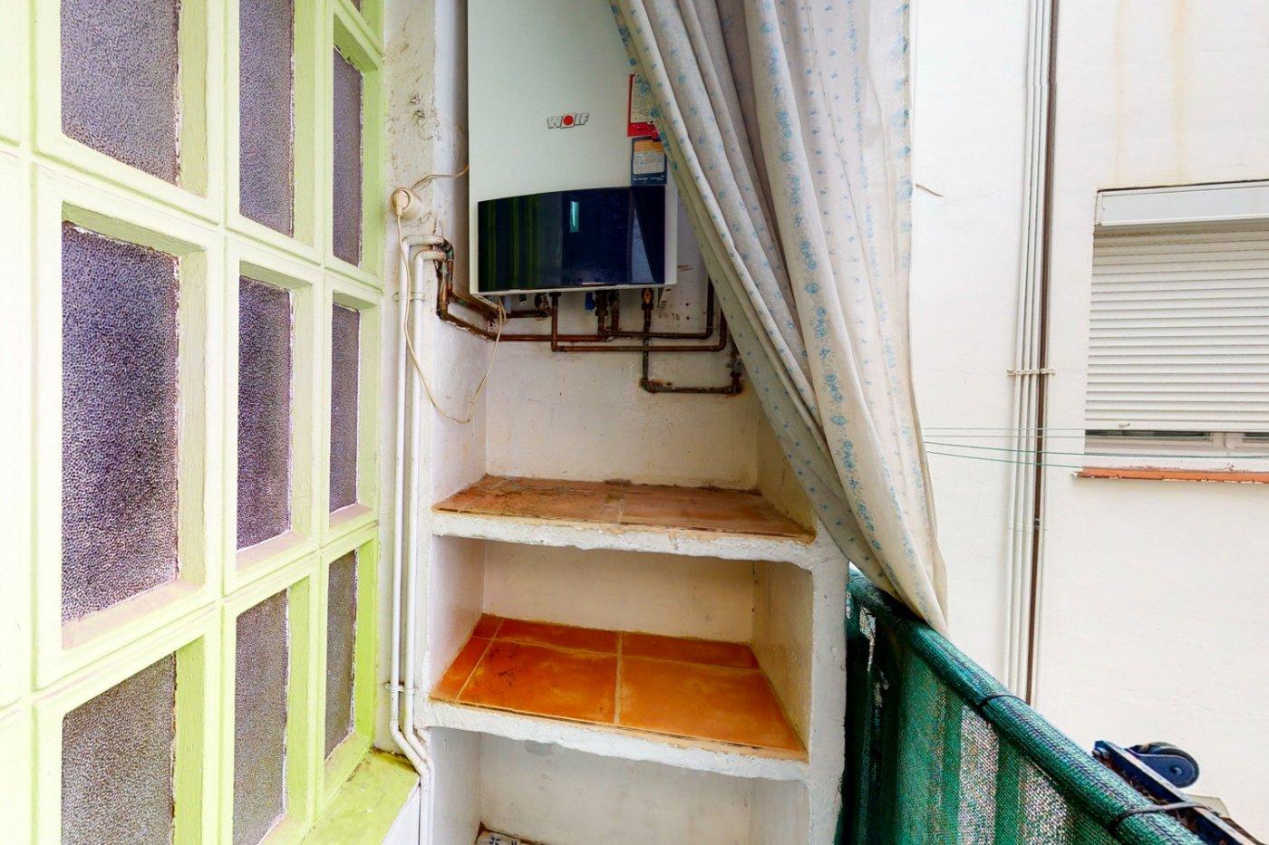 Piso a la venta en c/ lugo, exterior, de tres dormitorios, salon, cocina y baÑo. - imagenInmueble12