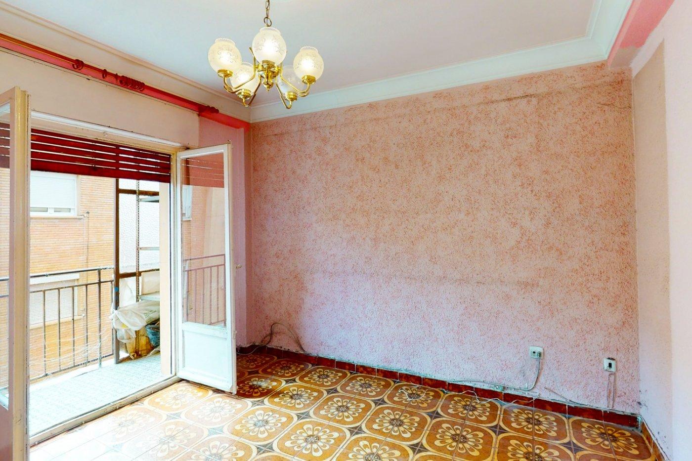 Piso a la venta en c/ lugo, exterior, de tres dormitorios, salon, cocina y baÑo. - imagenInmueble13