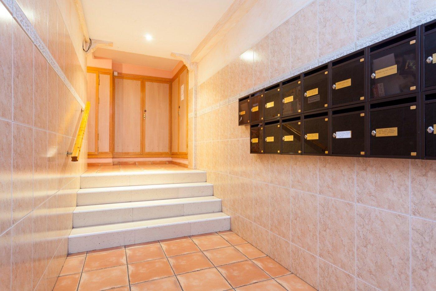 Piso a la venta en c/ lugo, exterior, de tres dormitorios, salon, cocina y baÑo. - imagenInmueble1