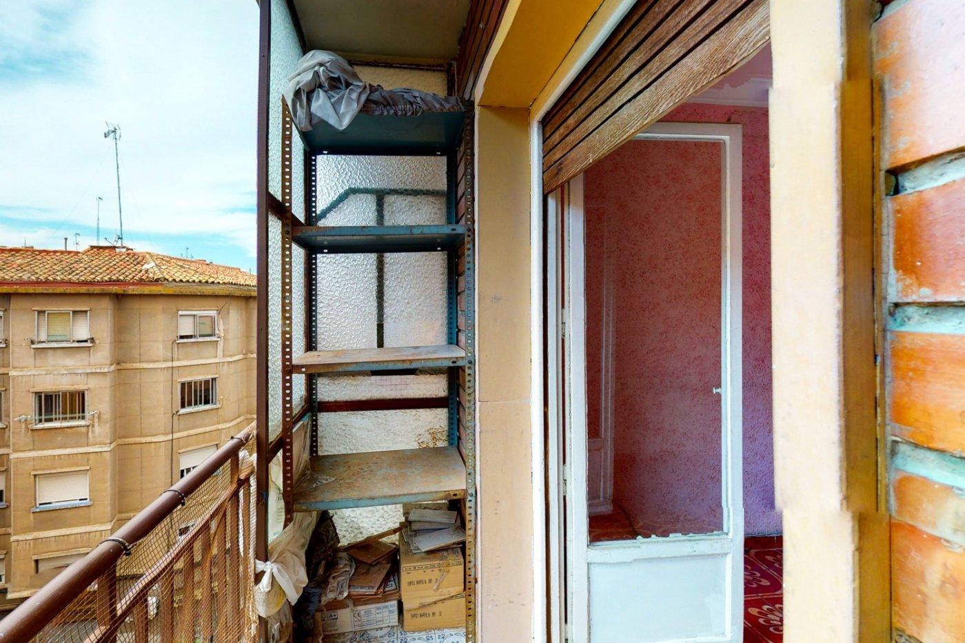 Piso a la venta en c/ lugo, exterior, de tres dormitorios, salon, cocina y baÑo. - imagenInmueble20