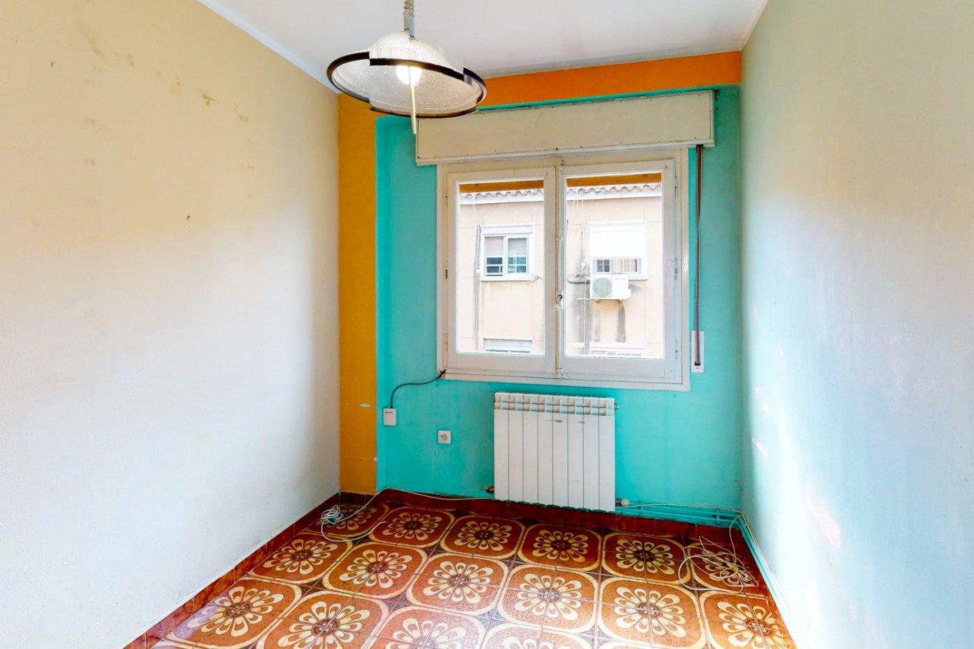 Piso a la venta en c/ lugo, exterior, de tres dormitorios, salon, cocina y baÑo. - imagenInmueble21