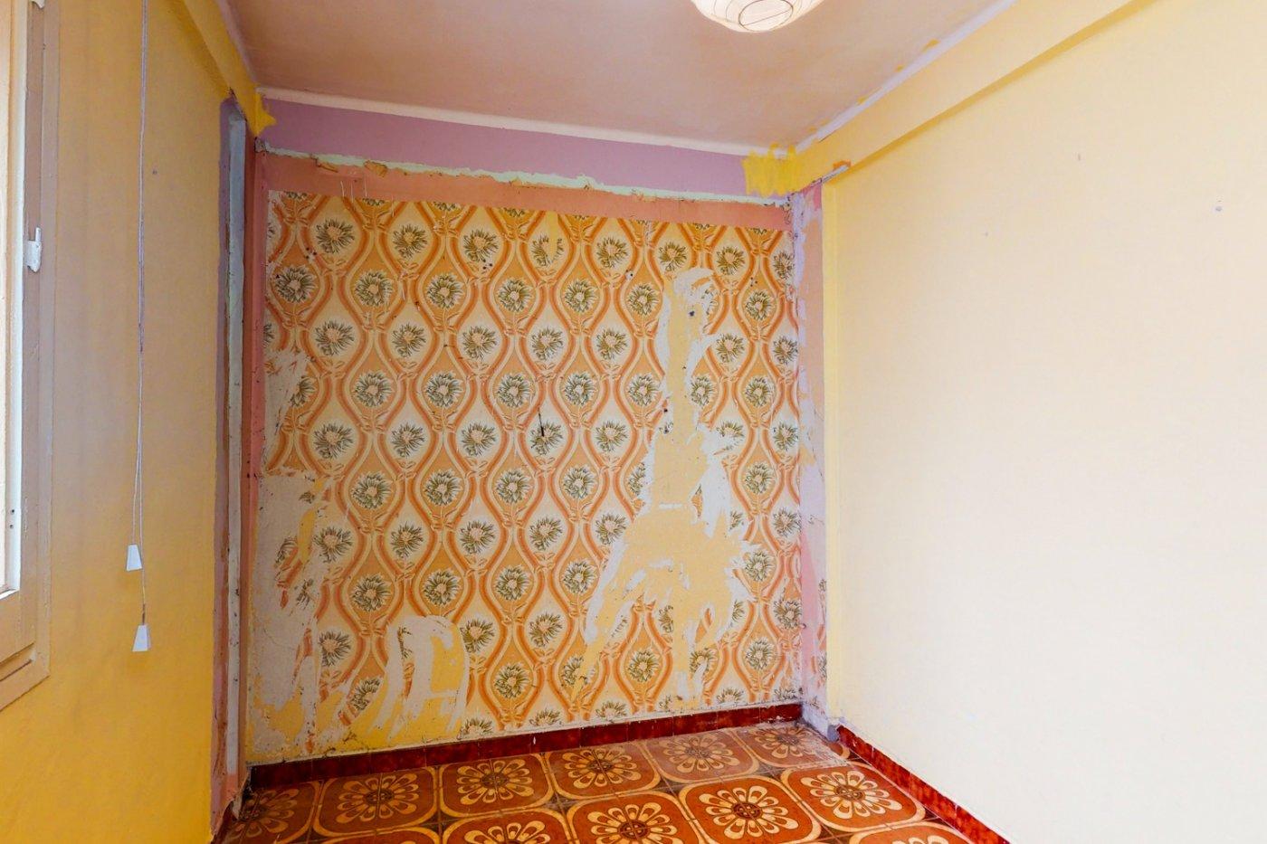 Piso a la venta en c/ lugo, exterior, de tres dormitorios, salon, cocina y baÑo. - imagenInmueble25