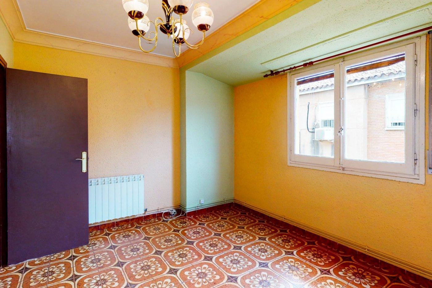 Piso a la venta en c/ lugo, exterior, de tres dormitorios, salon, cocina y baÑo. - imagenInmueble8