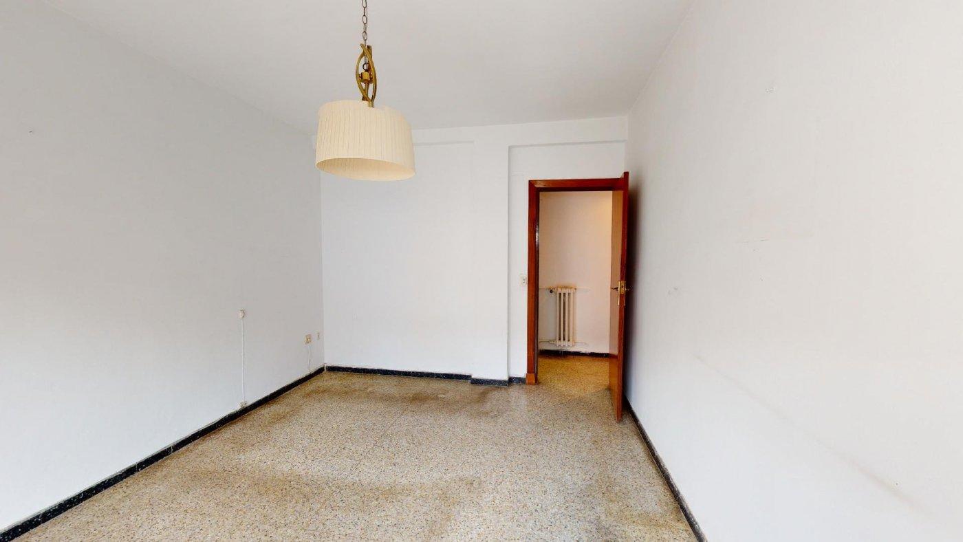Piso de 3 dormitorios junto a la universidad de zaragoza - imagenInmueble11