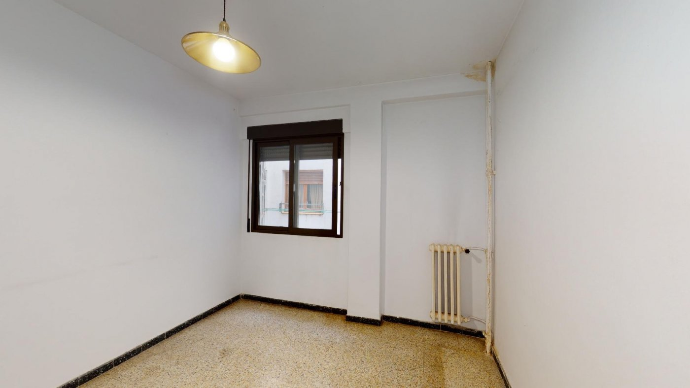 Piso de 3 dormitorios junto a la universidad de zaragoza - imagenInmueble12