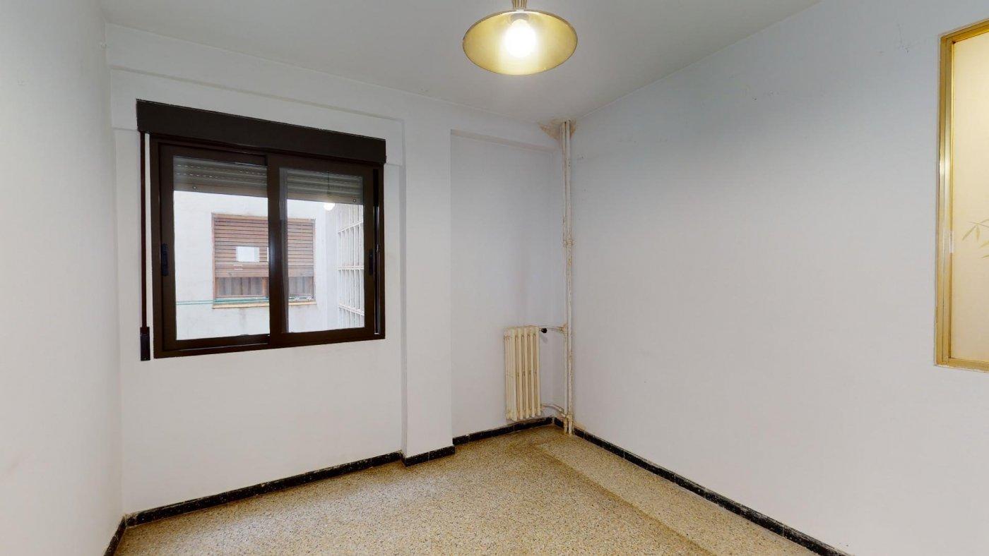 Piso de 3 dormitorios junto a la universidad de zaragoza - imagenInmueble19