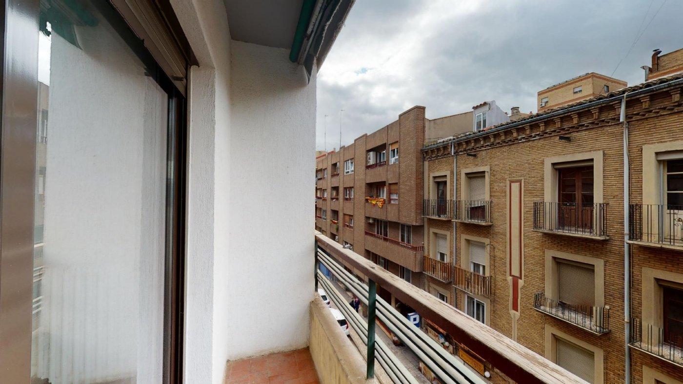 Piso de 3 dormitorios junto a la universidad de zaragoza - imagenInmueble24