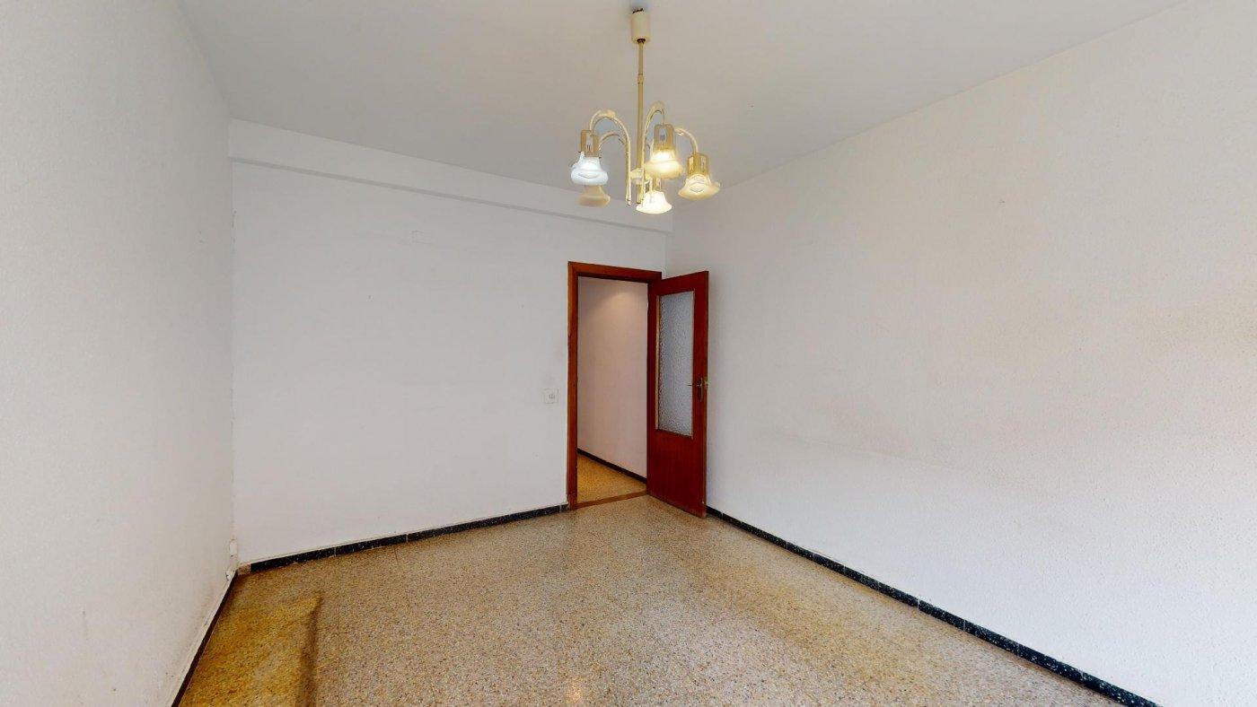 Piso de 3 dormitorios junto a la universidad de zaragoza - imagenInmueble25